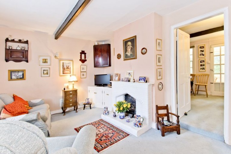 Charming End of Terrace 3 Bedroom Cottage, Stonewall Park Road, Tunbridge Wells