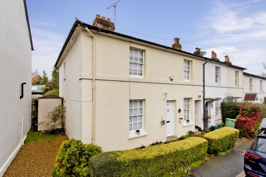 Images for Charming End of Terrace 3 Bedroom Cottage, Stonewall Park Road, Tunbridge Wells