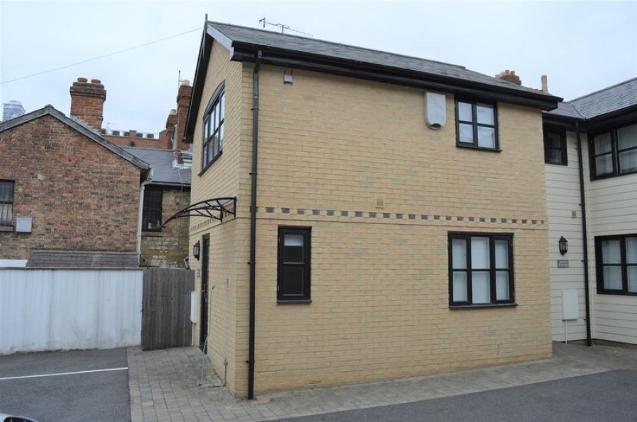 Images for 1 Bedroom Cottage in Private Mews with Parking off Camden Rd, TN1 2PT - NO TENANT FEES APPLY!
