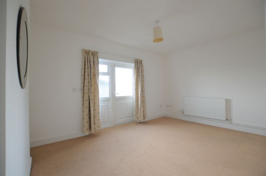 Images for Spacious One Bed Flat With Own Entrance And In Sought After Langton Green, TN3 0ET