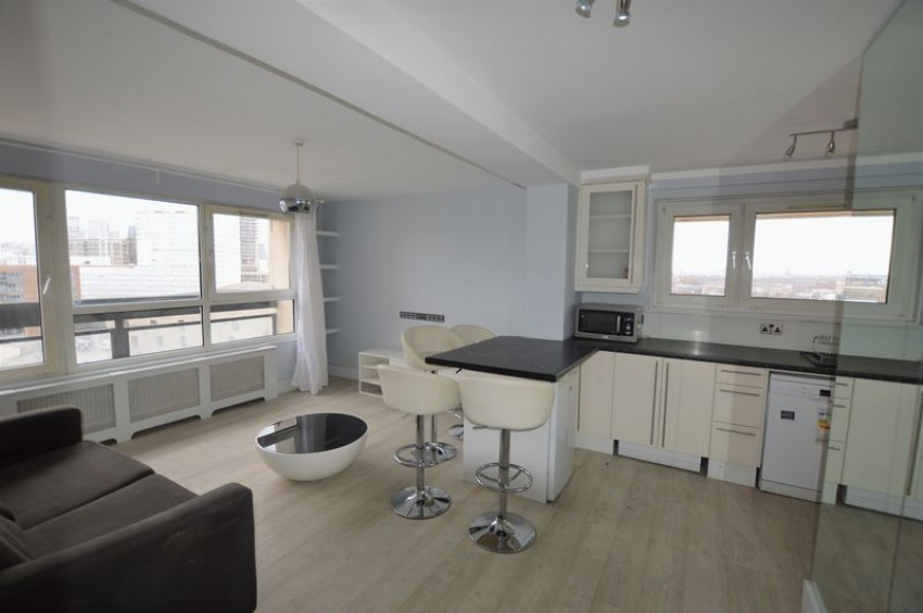 Images For One Bedroom Flat With Open Plan Kitchen Living Room, Canada  Estate, SE16