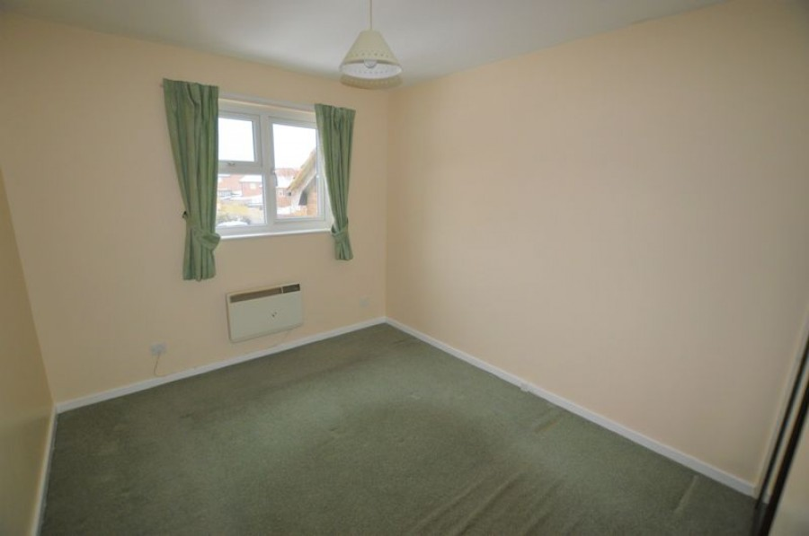 Images for First Floor 1 Bed Flat on Quiet Road with Own Entrance and Parking, Hawthorn Walk TN2