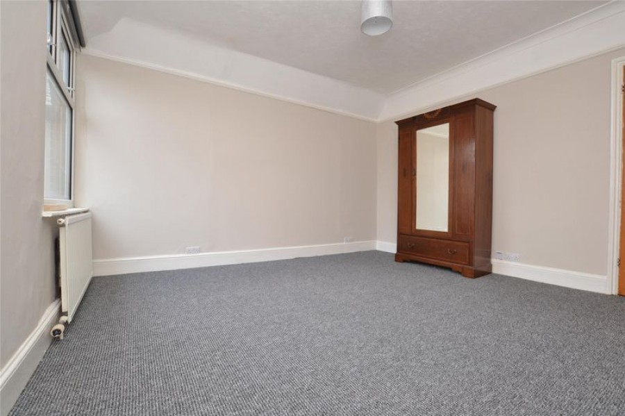 Images for Three Bedroom Maisonette in Town Centre, Grosvenor Road, Tunbridge Wells, TN1 2AS